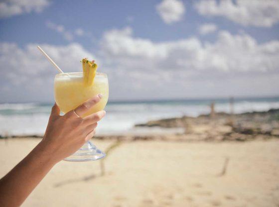 """5 vecí, ktoré vám na dovolenke môžu """"zdvihnúť tlak"""""""